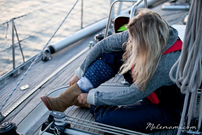 swan-sailing-0157